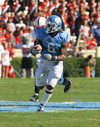 Anthony Elzy scored the Heels' only touchdown of the first half.