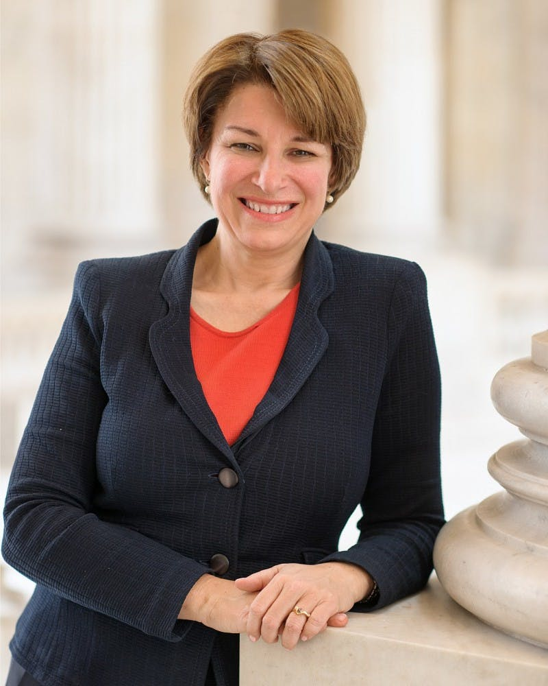 Amy Klobuchar official Senate portrait for the 113th Congress (from senate.gov).