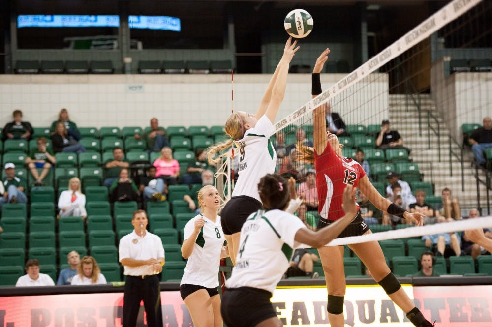 Eagles volleyball falls short to Ball State