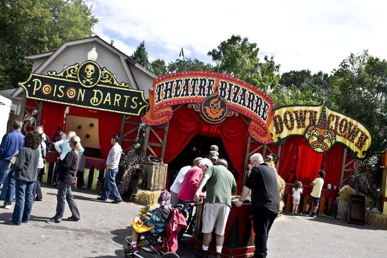 theatre_bizarre_booths_cooper