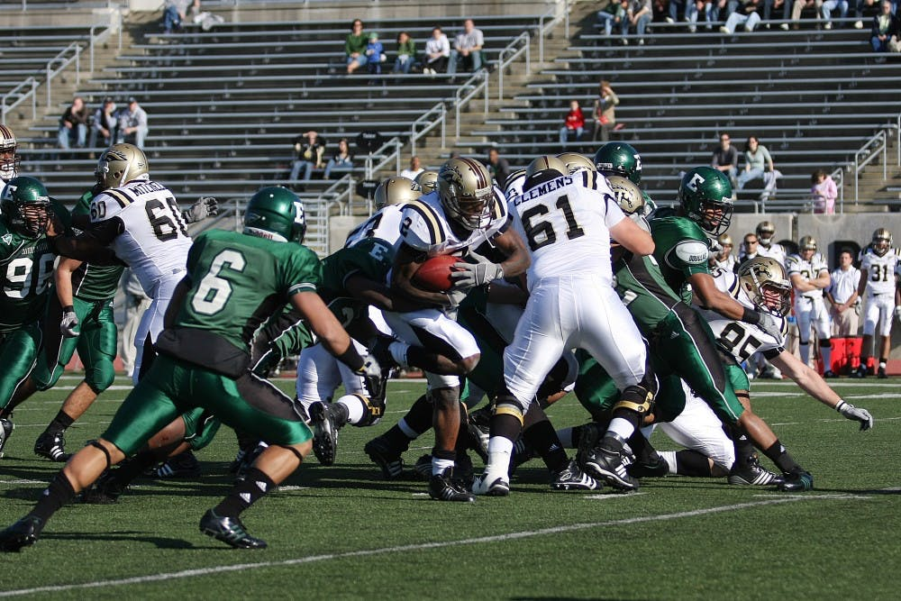 Notebook: West sets FBS record days after tragedy