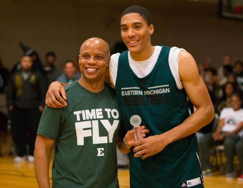 Murphy, men's basketball team, hold first ever 'Rock The Rec' event Wednesday