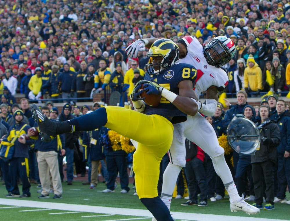 Michigan's two-point gamble fails as it falls to Ohio State, 42-41