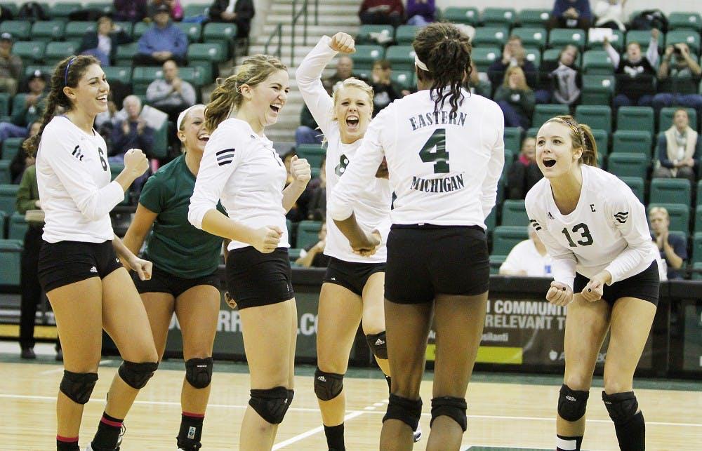 Volleyball says goodbye to three seniors