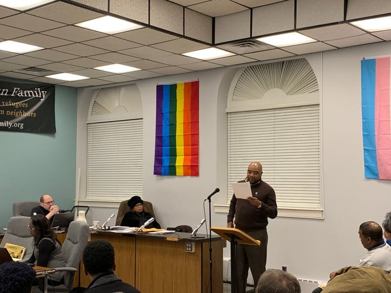 Ypsilanti Community Supports Kent Hobbs At City Council Meeting, City Manager Resigns