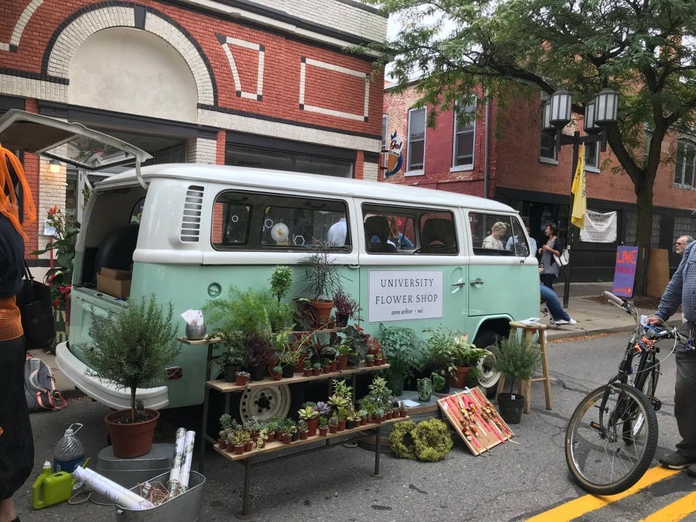 Festival of the Honeybee connects local businesses, artists and musicians