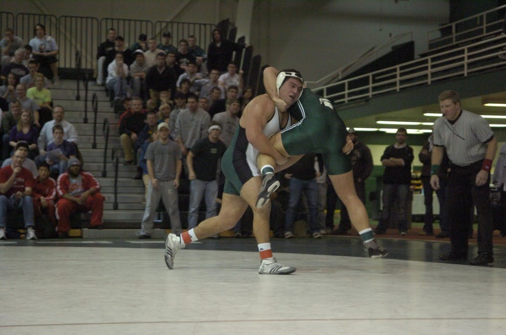 Michigan State wrestling defeats Eastern Michigan, 26-9