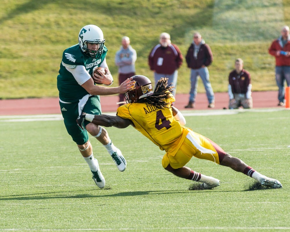 Football team loses to Chippewas 34-31