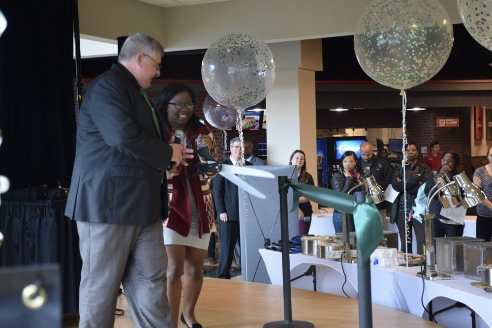 Bon EMU Dining Services Held Grand Re Opening In Celebration Of Chartwells  Contract
