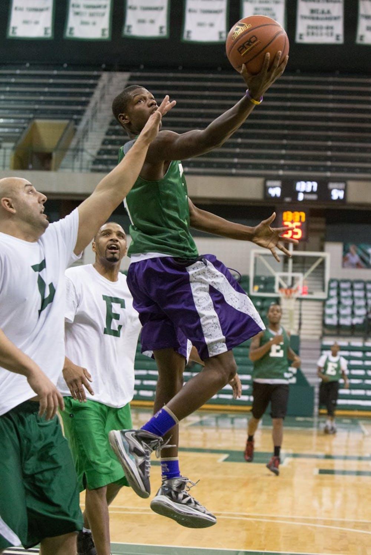 Online Exclusive: EMU Students beat Alumni, 76-74