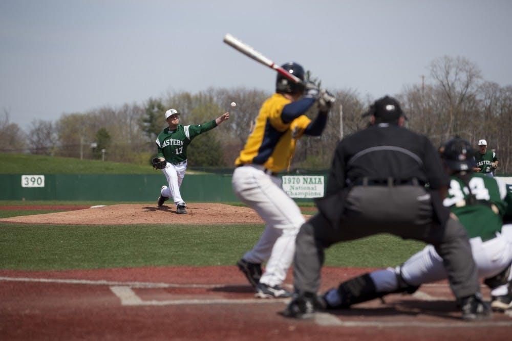 Baseball team falls in series to No. 4 Clemson