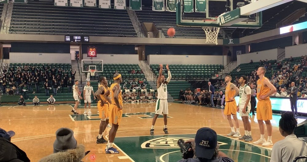Yeikson Montero finishes with game-high 26 points as Eagles snap losing streak versus Toledo