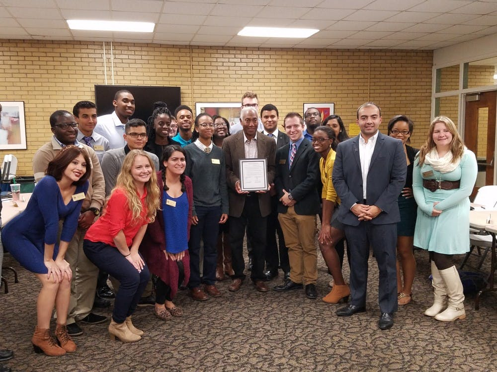 David E. Rutledge attends Student Government senate meeting