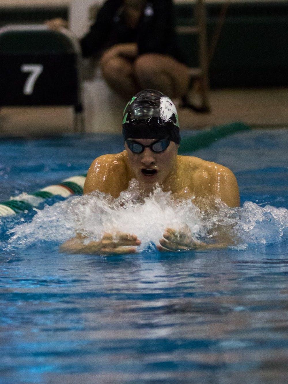 Swimmer earns weekly award