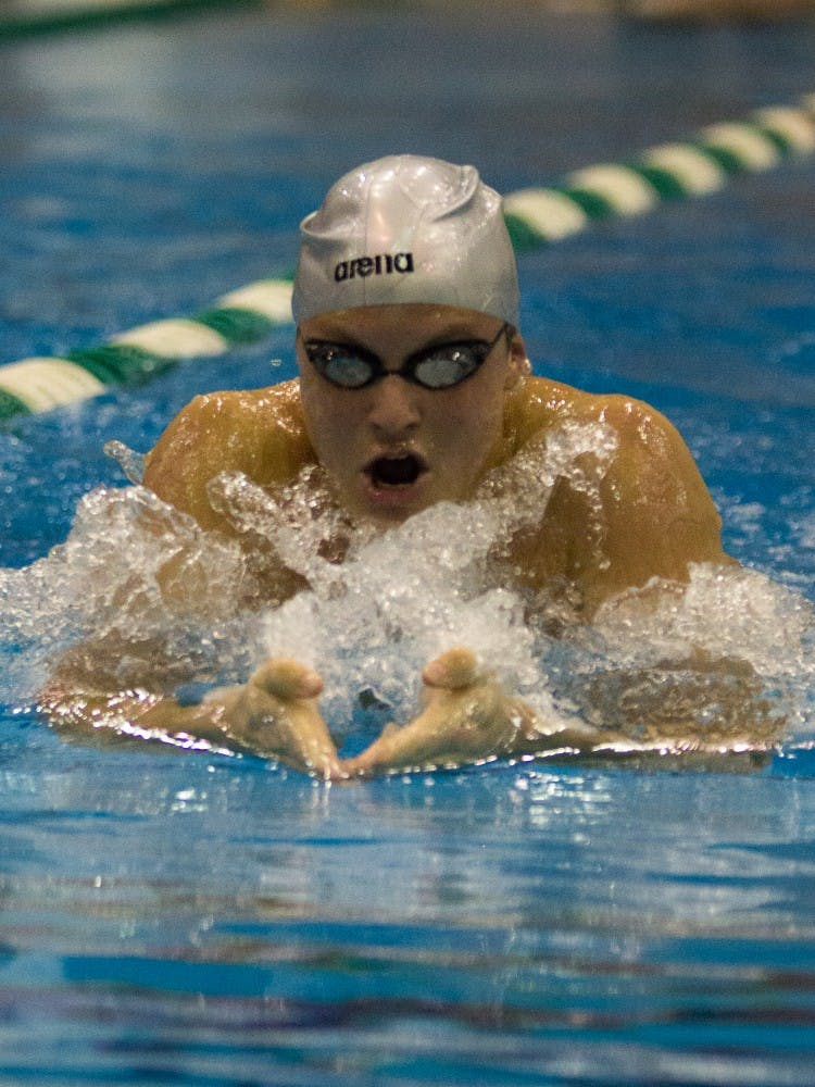 emu_swimming_preview_ian_sargent