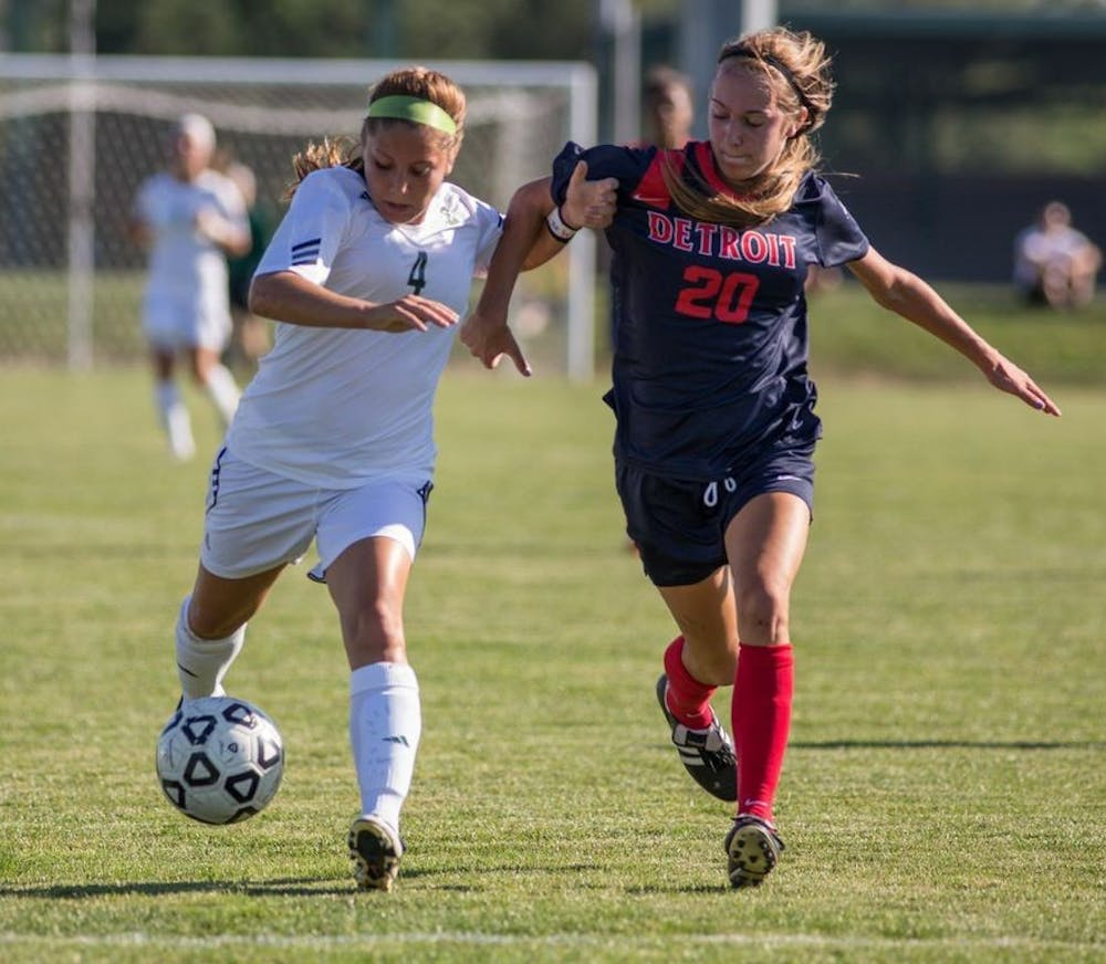 Women's soccer rallies in the second half to defeat the Titans