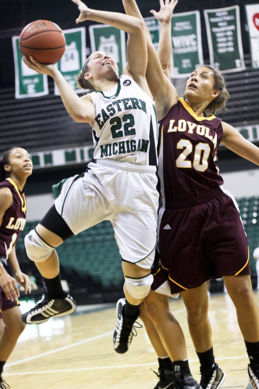 Women's basketball starts season with 82-64 victory