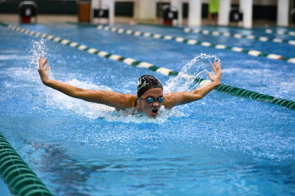 Women's swimming defeats BGSU, remains undefeated