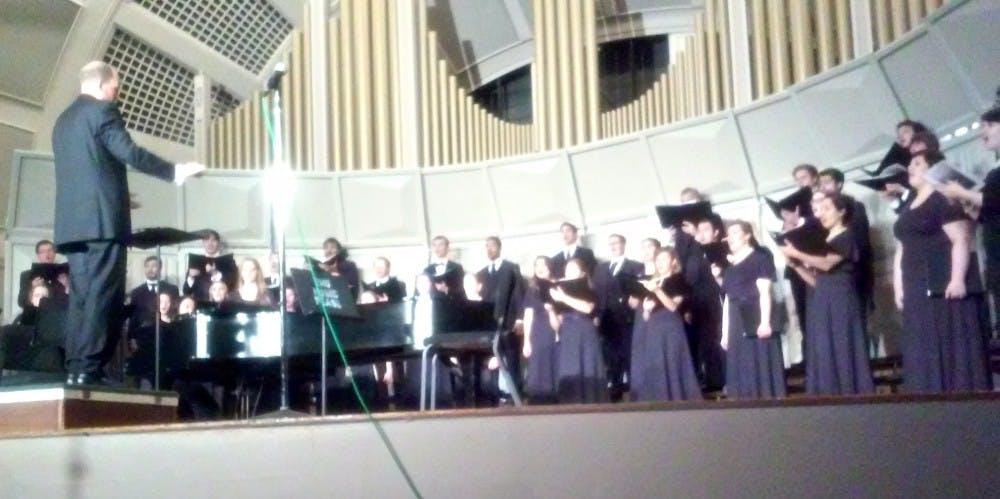 Homecoming concert brings alumni singers back to EMU