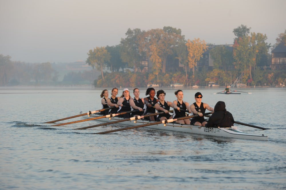 Eagles rowing team wraps up fall schedule following Head of the Hooch