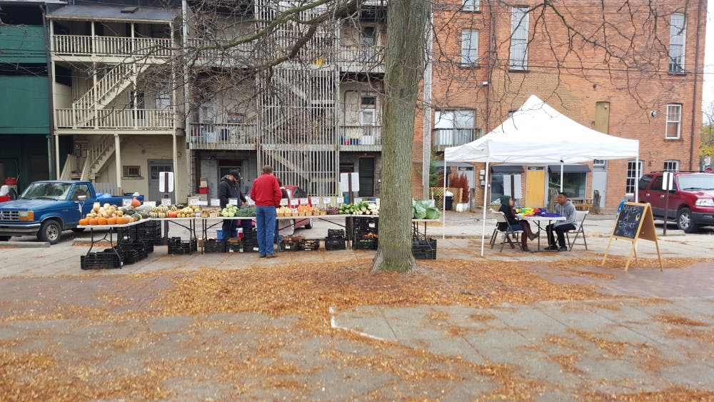 National Leadership Alliance teams up with Growing Hope to work Ypsilanti Farmers Market