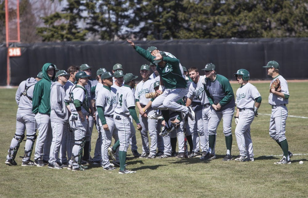 Baseball upsets No. 16 Clemson in season opener