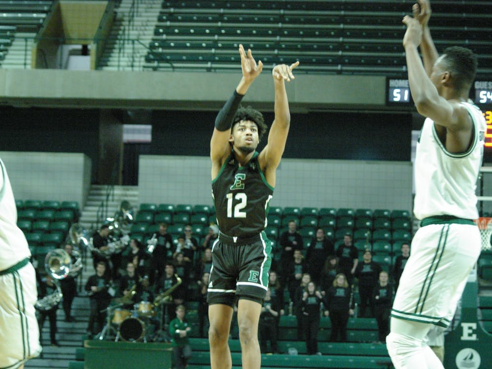 Shamar Dillard shoots a 3-pointer at the Convocation Center on Jan. 18.