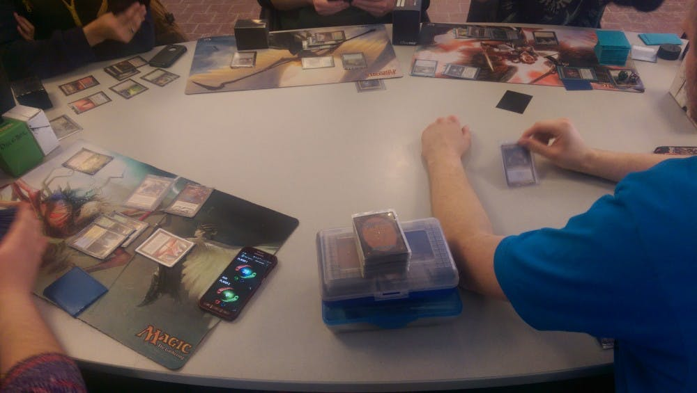 students_play_magic_pic_3