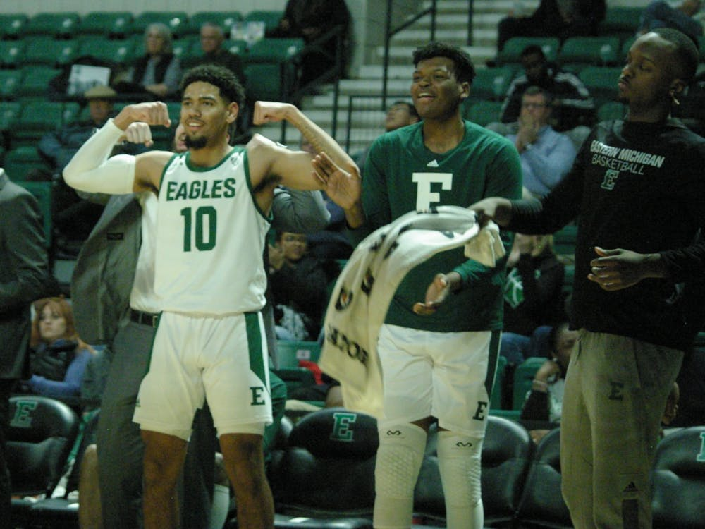 Eagles start slow, handle Michigan-Dearborn to remain undefeated through three games