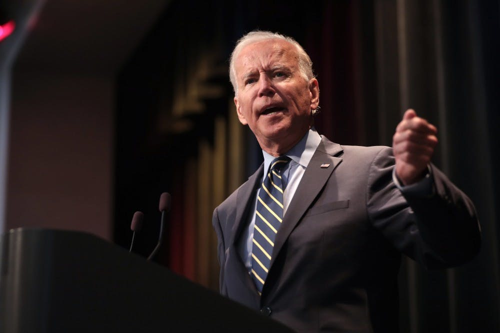 Opinion: Moderate Democrats should cede to Biden