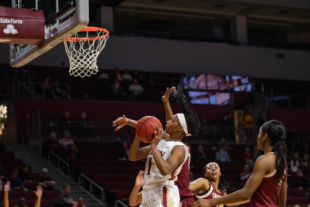 denome-thomas-womensbballcharleston