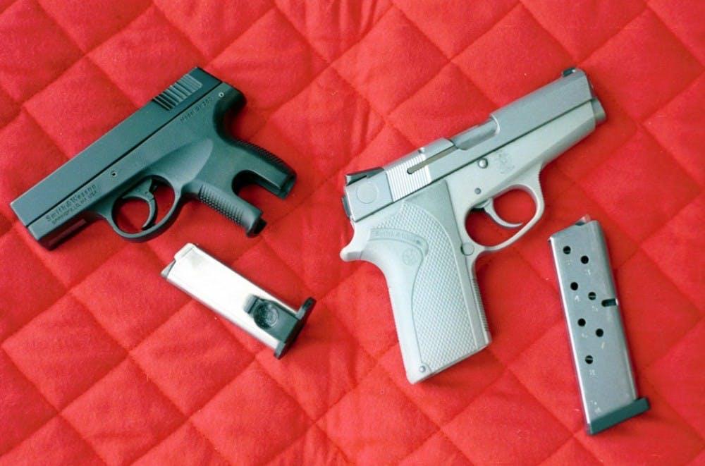 us-news-wkend-guns-2-mg