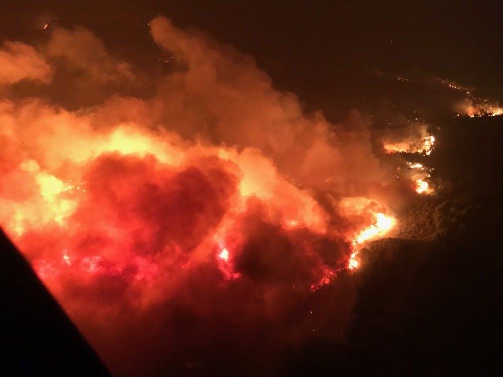 US_NEWS_CALIF-WILDFIRES-AIRCRAFT_4_LA