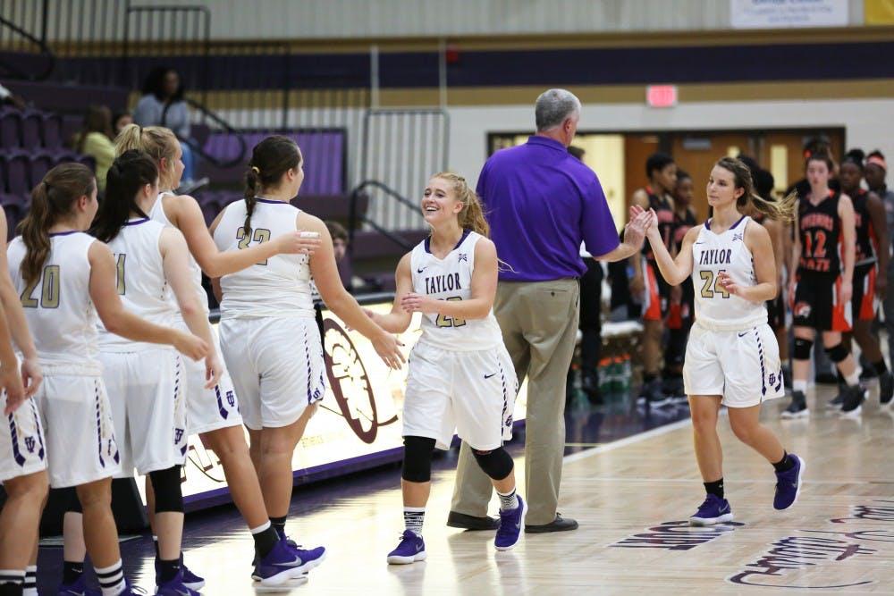 Women's basketball headed to Iowa