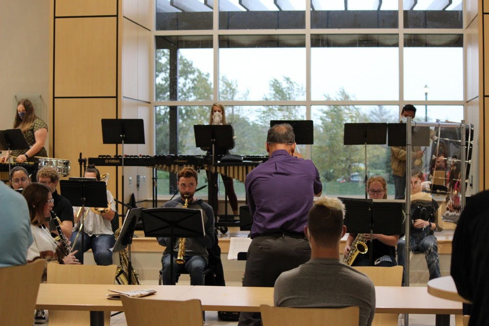 Wind Ensemble performs pop-up concert