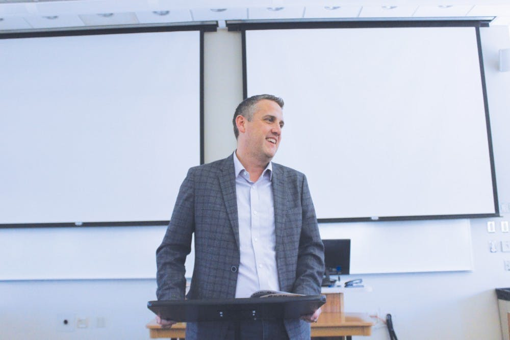 Taylor professor receives Notre Dame fellowship
