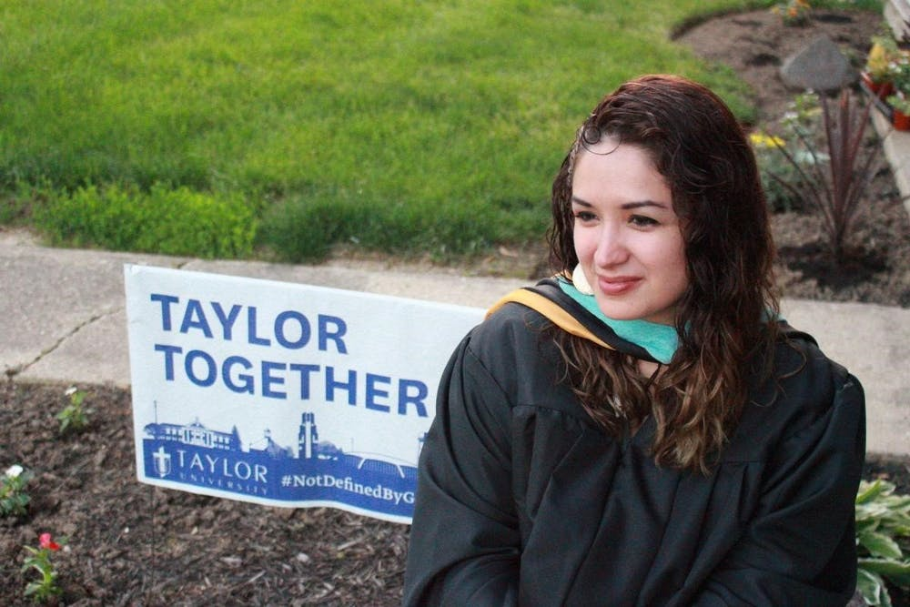 Alumna honors first generation students