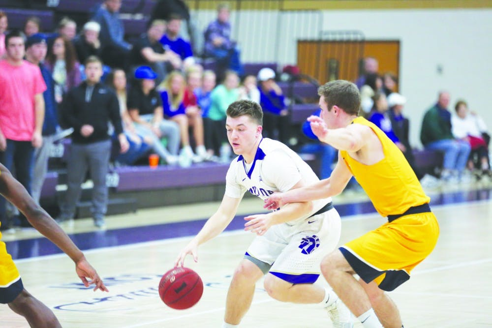 Crowe and Trojans shoot lights out
