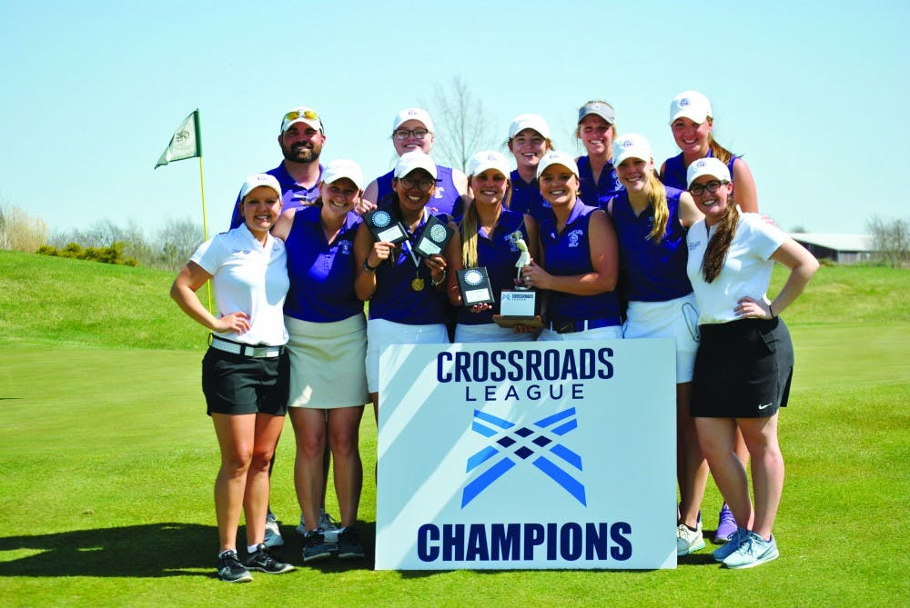 Golf teams both win conference titles