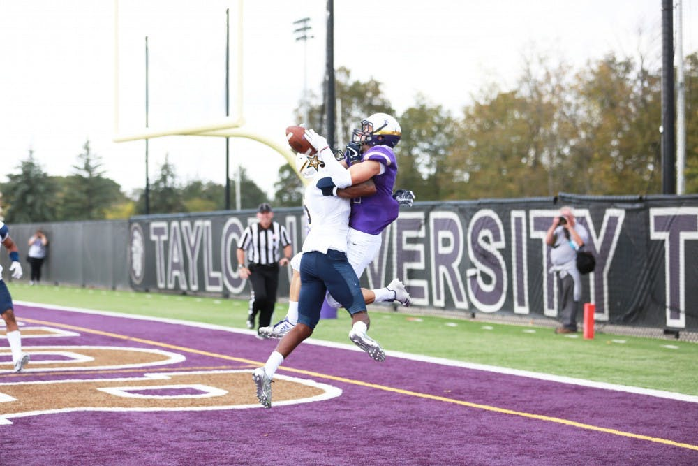 Football falls short of upset bid against Cougars