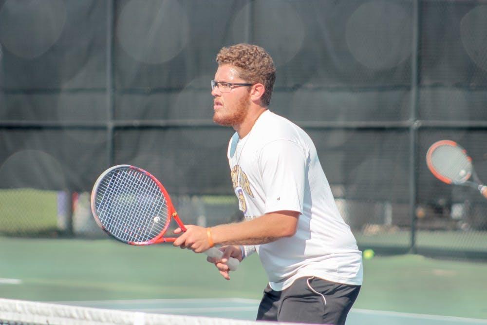 Men's tennis comes up short in tournament