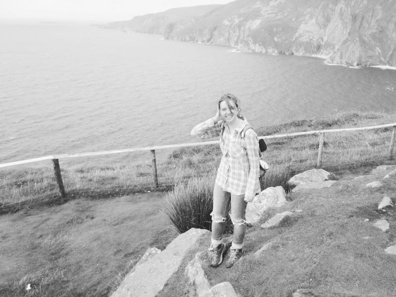 Kenzi Nevins enjoys the Irish coastline. (Provided by Kenzi Nevins)