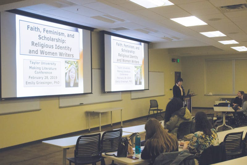 Emily Griesinger presents on religious identity and women writers. Photo by Jazmin Tuscani.