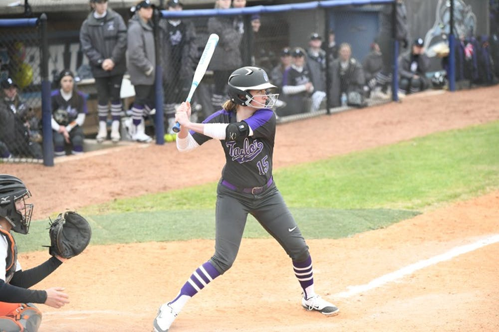 Softball sweeps IU-Southeast
