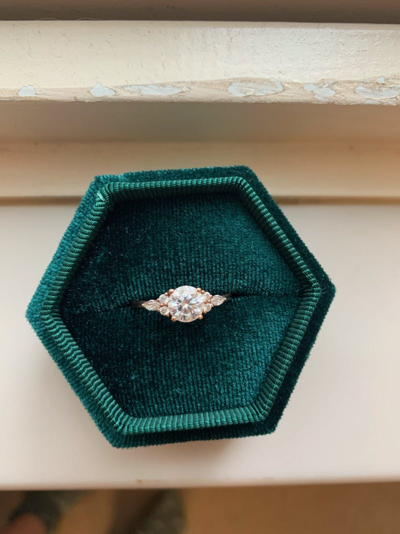 Diamond rings bring an analogy to life