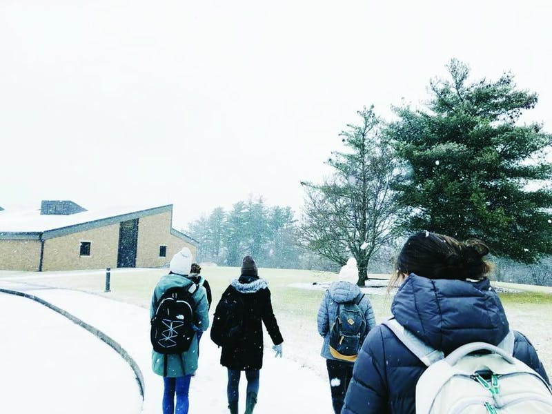 Students head to J-term classes in the cold and snowy conditions. (Photograph provided by Carsyn Reynolds)
