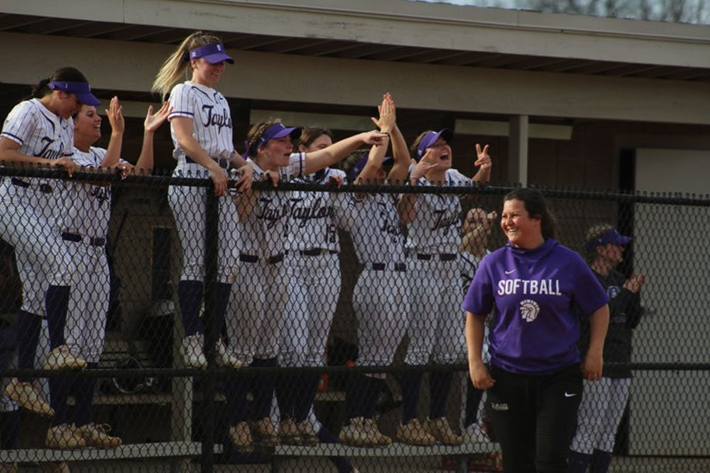 Softball wins five-of-six in conference last week