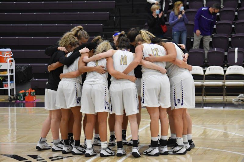 Women's basketball team has continued their recent run of success this season