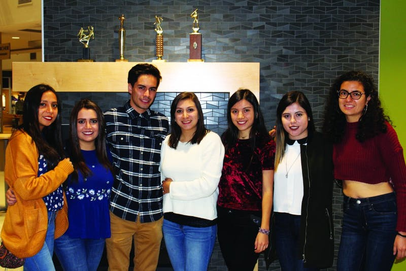 (L to R) Sophomore Doménica Farfán, junior Gabriela Serrano, sophomore Daniel Delgado, senior Cristina Alvarado, sophomore Carla Sarmiento, senior María José Correa, and junior Cristina Lalama have all experienced U.S. culture through the lens of Taylor students the past three weeks. (Photograph by Ellie Bookmyer)