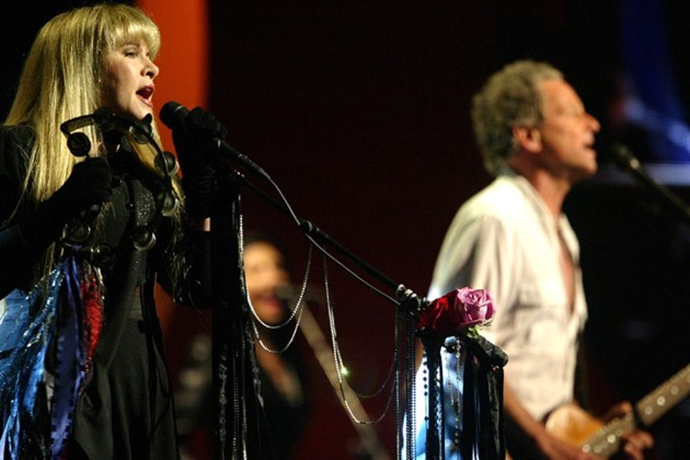 Fleetwood Mac rocks Long Island, tours the U.S.
